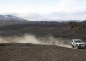 land-rover-dc100-8