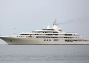 Motor-Yacht-Dubai-$300-Milyon