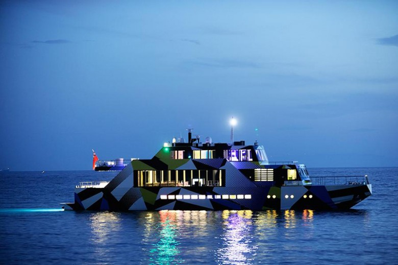 Mega-Yacht-Guilty-by-Jeff-Koons-and-Ivana-Porfiri-13
